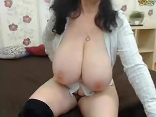 webcams,matures,big natural tits