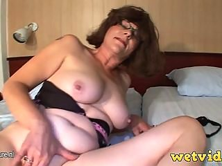 breasted,mature,slut