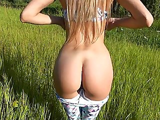 blondes,outdoor,18 years old