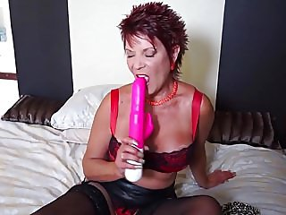 amateur,sex toys,matures