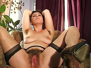hairy,milfs,cougars