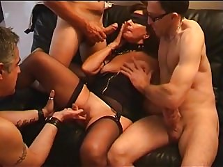 blowjobs,fingering,matures