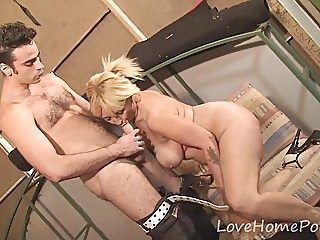 amateur,blondes,blowjobs