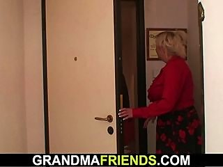 granny,offers,pussy