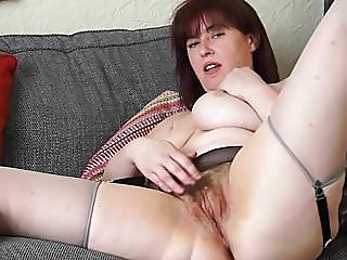 hairy,matures,milfs
