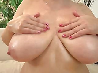 milfs,hd videos,big natural tits