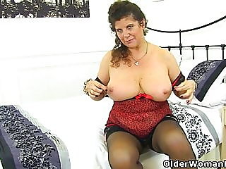 matures,milfs,british