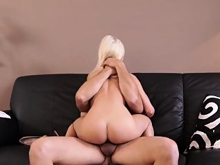blonde,cuckold,hardcore