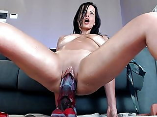 sex toy,squirting,gaping