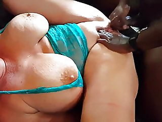 blonde,squirting,milf