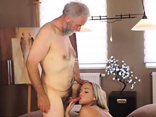 blonde,blowjob,cuckold