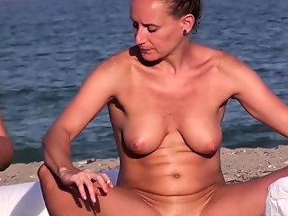 amateur,beach,hd
