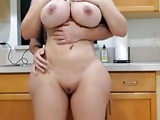 amateur,nipples,tits