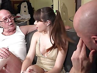blowjob,brunette,hairy