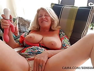 mature,hd videos,cougar