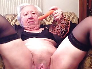 hairy,stockings,granny