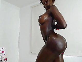 black colombian girl big tits and big ass dildoing ass,,