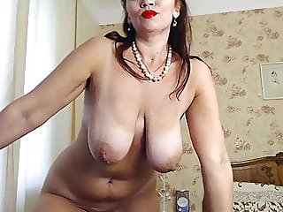 webcam,mature,stockings