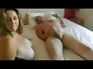 amateur,blonde,blowjob
