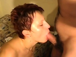 amateur,blowjob,close-up