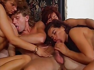 blowjobs,cumshots,group sex