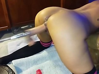 amateur,sex toys,squirting