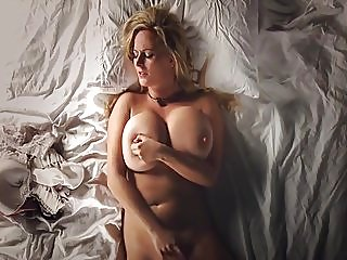 masturbation,big boobs,big natural tits