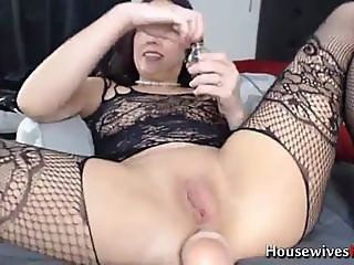 big boobs,brunette,squirting