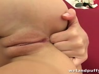 wetandpuffy.com,close-up,dildo
