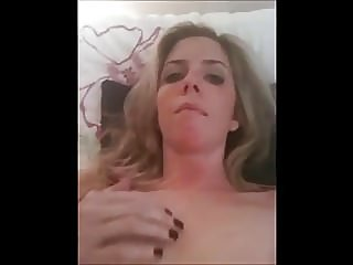blondes,masturbation,milfs