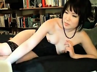 amateur,asian,masturbation