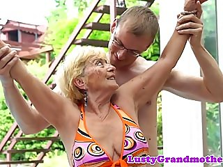 amateur,matures,grannies