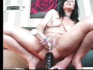 webcams,squirting,big natural tits