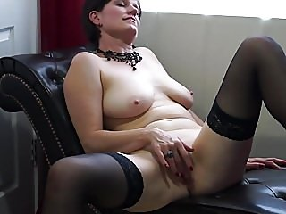 amateur,matures,stockings