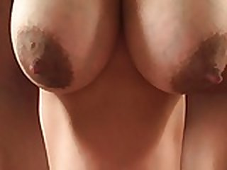 amateur,nipples,big boobs