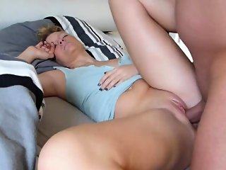 amateur,blonde,doggystyle