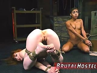 slave,licking,pussy