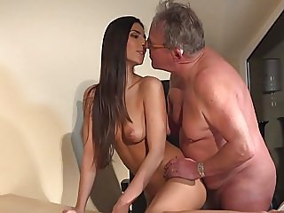 blowjobs,brunettes,top rated