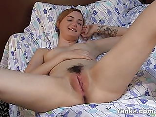 amateur,sex toy,hairy
