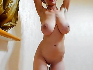 webcam,brunette,tits