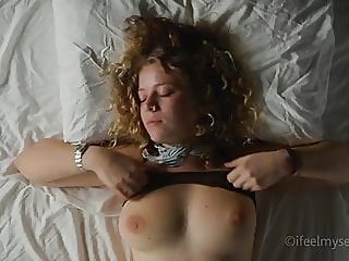 fingering,orgasm,girl masturbating
