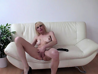 amateur,blonde,hd