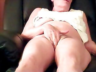 fingering,mature,milf