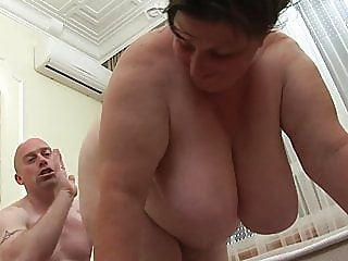 bbw,mature,shower