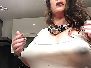 mature,nipples,milf