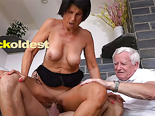 blowjob,mature,old &