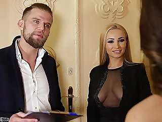 blonde,blowjob,brunette