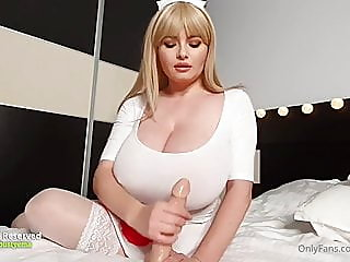 blonde,fingering,tits