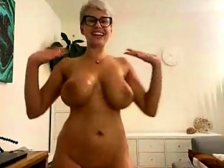 amateur,big boobs,blonde