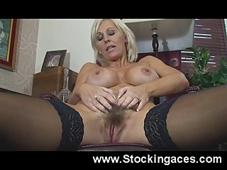 hairy,milfs,stockings